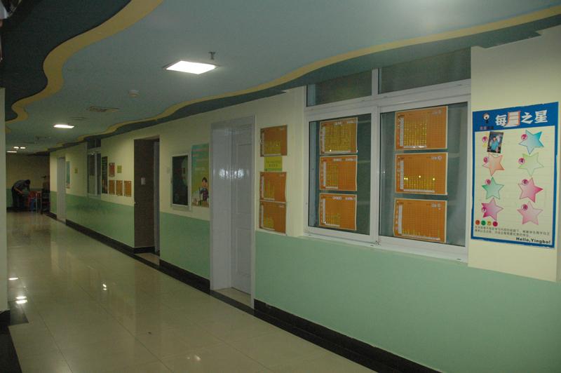 国外学校走廊设计图